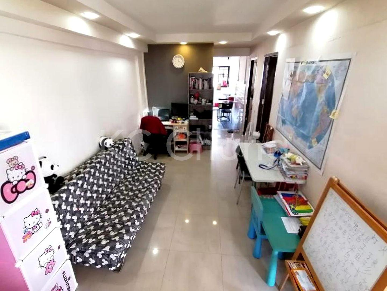 Block 210 Jurong East Street 21, High Floor - Living Hall
