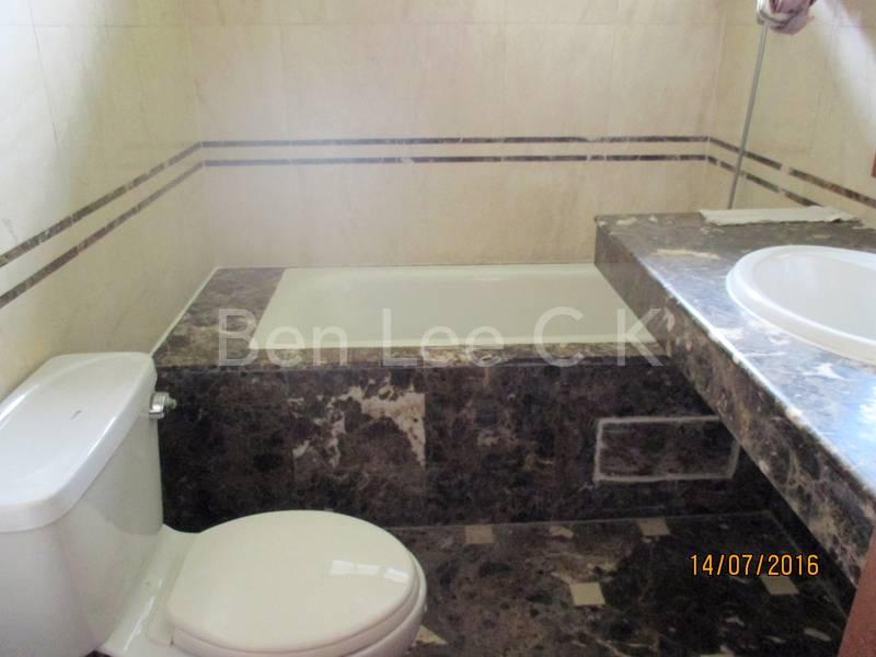 master bathroom longbath