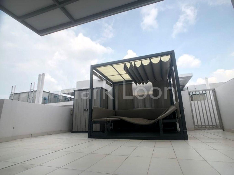 rooftop terrace (half)