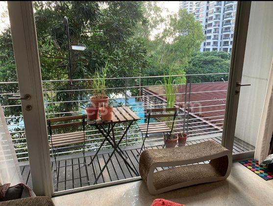 Balcony~pool view