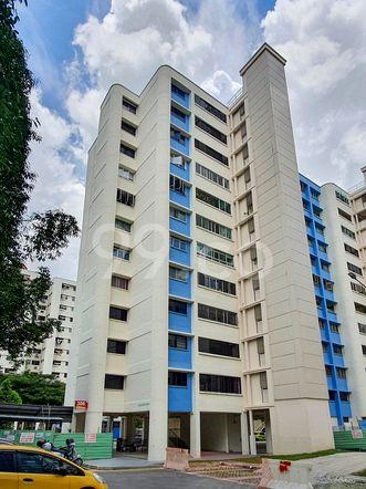 HDB-Hougang Block 306 HDB-Hougang