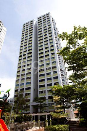 HDB-Jurong East Block 239 Jurong East