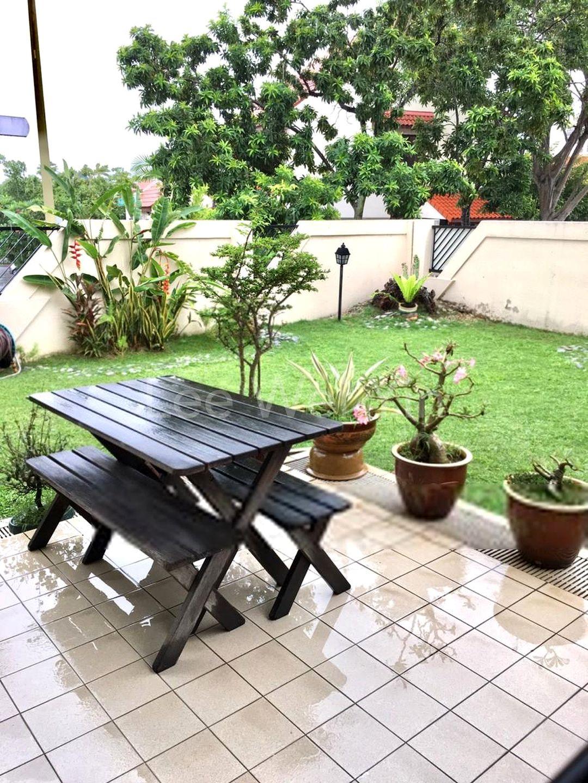 relaxing patio 1