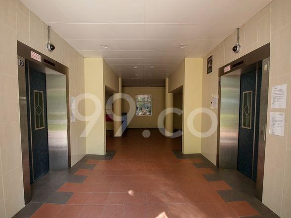 HDB-Sengkang Lift view Sengkang 203-204