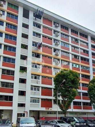 HDB-Hougang Block 425 HDB-Hougang