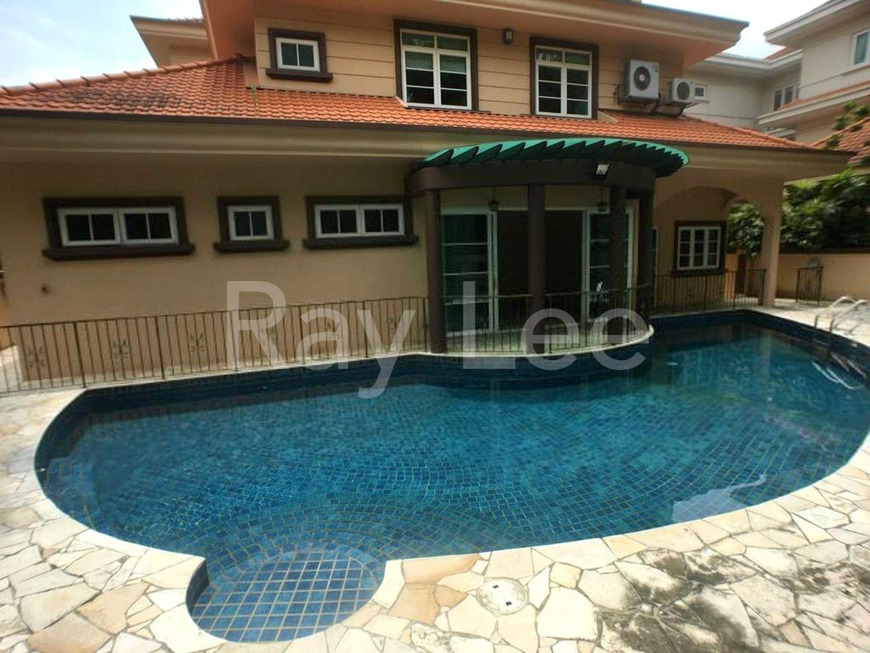 Woodgrove Estate Swimming Pool
