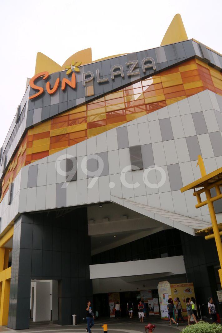 Sun Plaza  Elevation