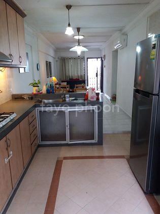 kitchen towards living