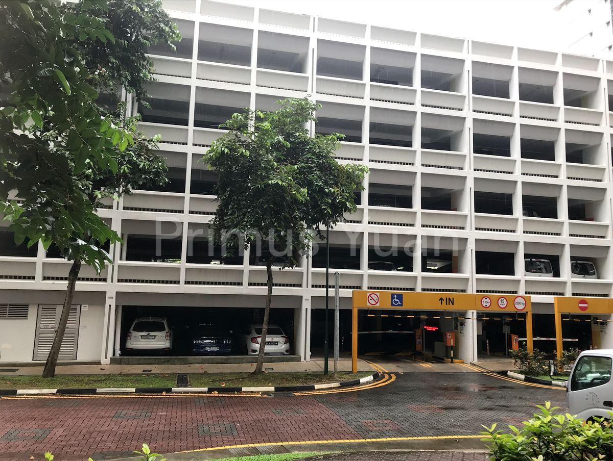 Multi-Storey carpark with Lift