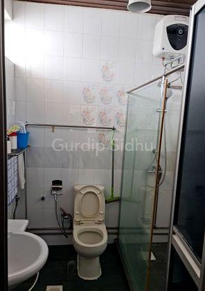 Master Bathroom -  2nd level
