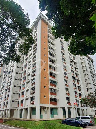 HDB-Hougang Block 165 HDB-Hougang