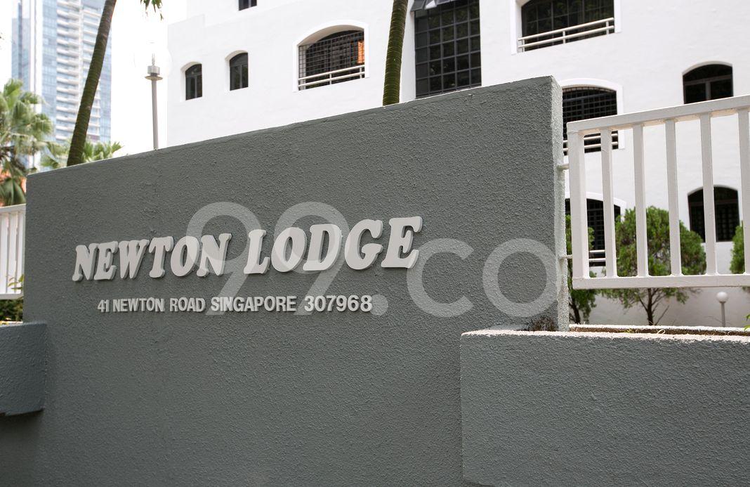 Newton Lodge  Logo
