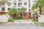 Fairmount Condominium - Entrance
