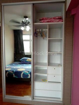 Nice and huge wardrobe