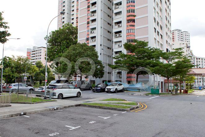HDB-Jurong East Amenities - Carpark Jurong East