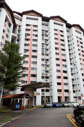 HDB-Jurong East Block 261 Jurong East