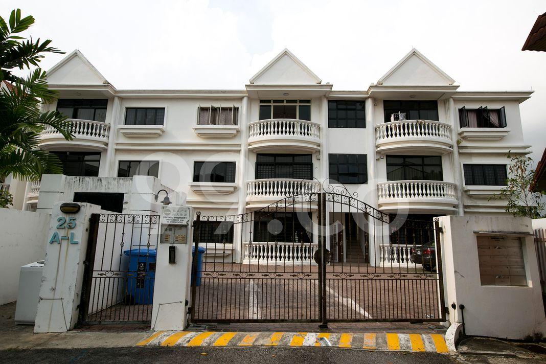 Wan Tho Lodge  Entrance