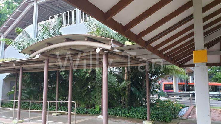 Cover walk way to Ang Mo Kio Hub & MRT