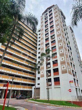 HDB-Hougang Block 170 HDB-Hougang