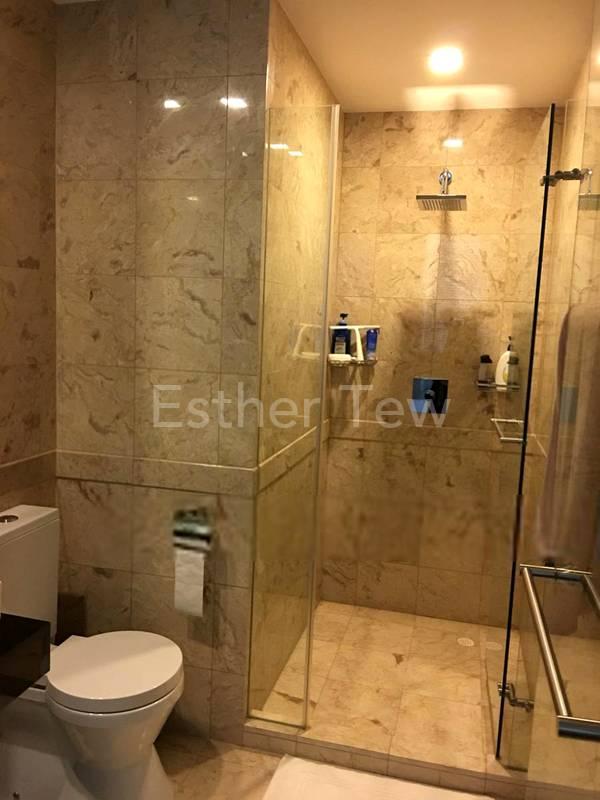 Junior Master Bathroom