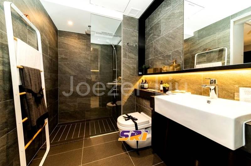 Comfortable Bathroom 2
