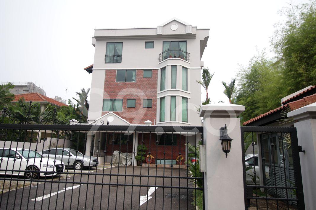 Seraya Lodge  Elevation