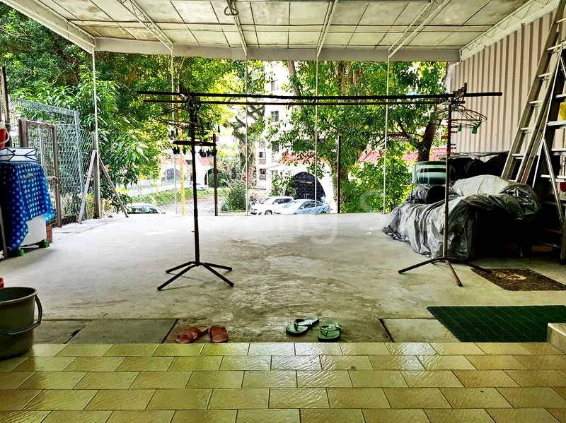 Hugh backyard ideal for events/activities