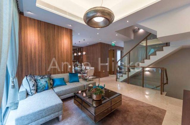 Living area : furniture for illustrative purposes