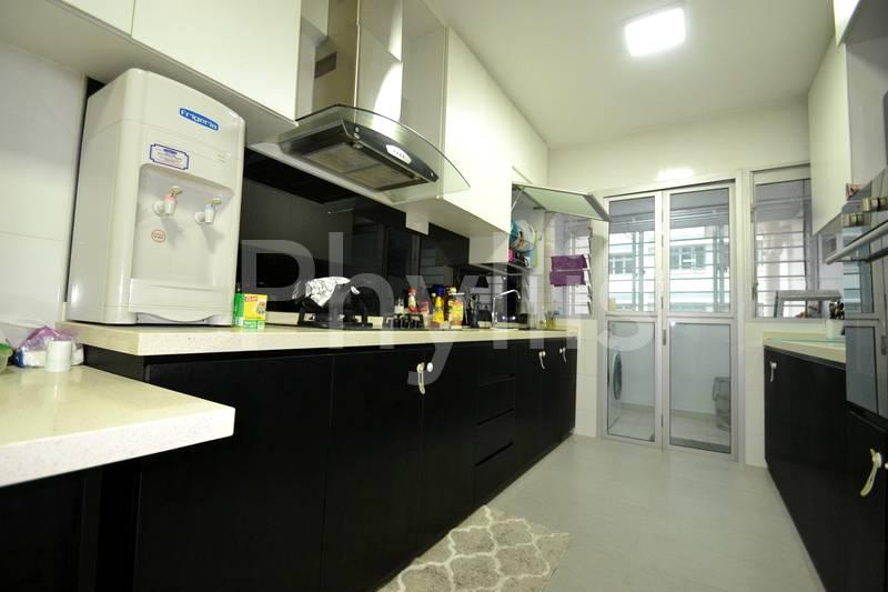 Beautiful 4 bedrooms Near Pasir Ris MRT Call 88680680