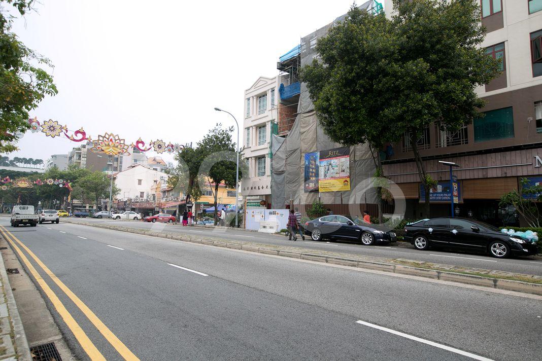 Race Course 138  Street