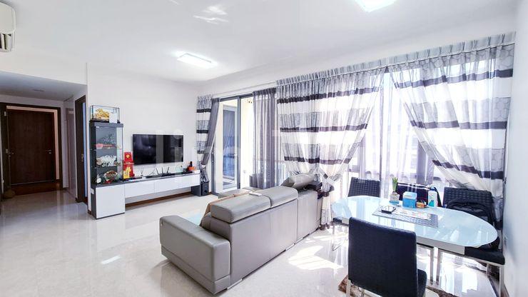 Superb Rare Spacious Living Room