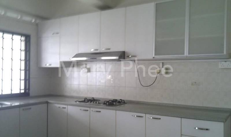 bright, clean, quiet kitchen