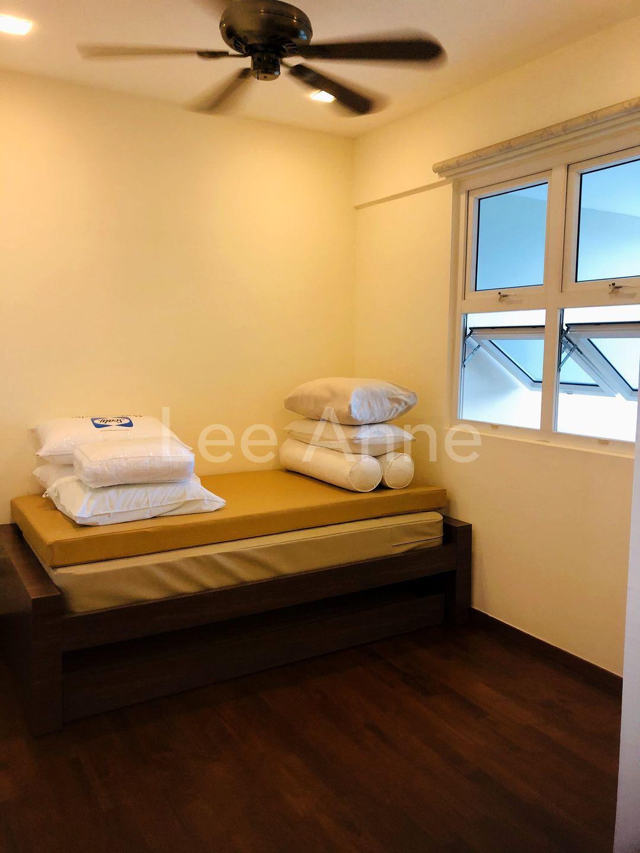 Guest/Kids Bedroom with en-suite Bathroom